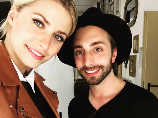 Selfie: Julian Dobener mit dem Model Lena Gercke