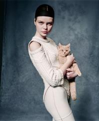 Retro-Shooting mit Frau und Katze: Styling Julian Dobener